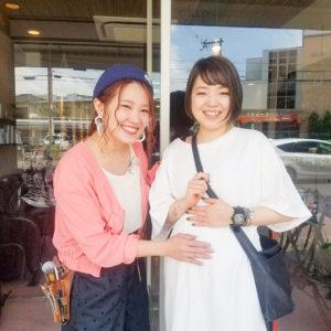 産休育休に入る前の妊婦美容師